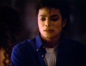 https://theonewomanapollo.files.wordpress.com/2011/11/mj1988twymmfvideo4.jpg?w=300