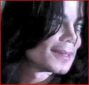 https://theonewomanapollo.files.wordpress.com/2011/11/mj1992disneystore.jpg?w=300