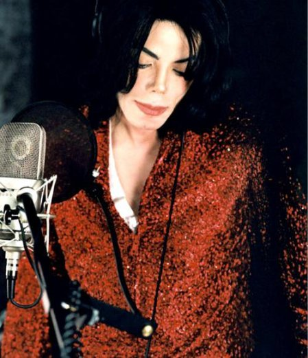 https://theonewomanapollo.files.wordpress.com/2011/11/mj2001whatmorecanigive1.jpg?w=258